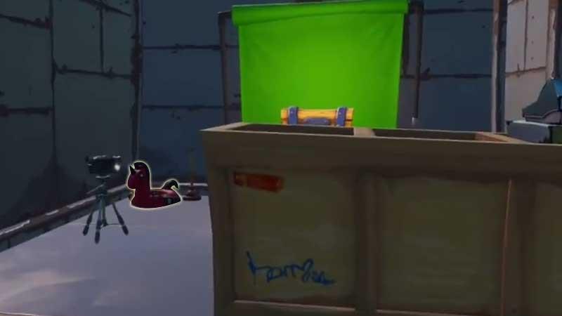 Fortnite Deadpool Floaty 3
